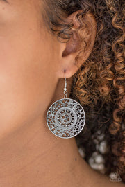 Paparazzi Say You WHEEL Silver Earring - Glitzygals5dollarbling Paparazzi Boutique
