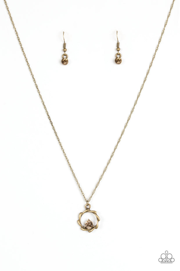 Paparazzi Paint The Town In Glitter Brass Necklace - Glitzygals5dollarbling Paparazzi Boutique