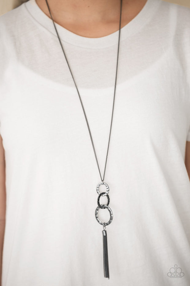 Don't BOLD Back! Black Gunmetal Long Necklace Paparazzi - Glitzygals5dollarbling Paparazzi Boutique