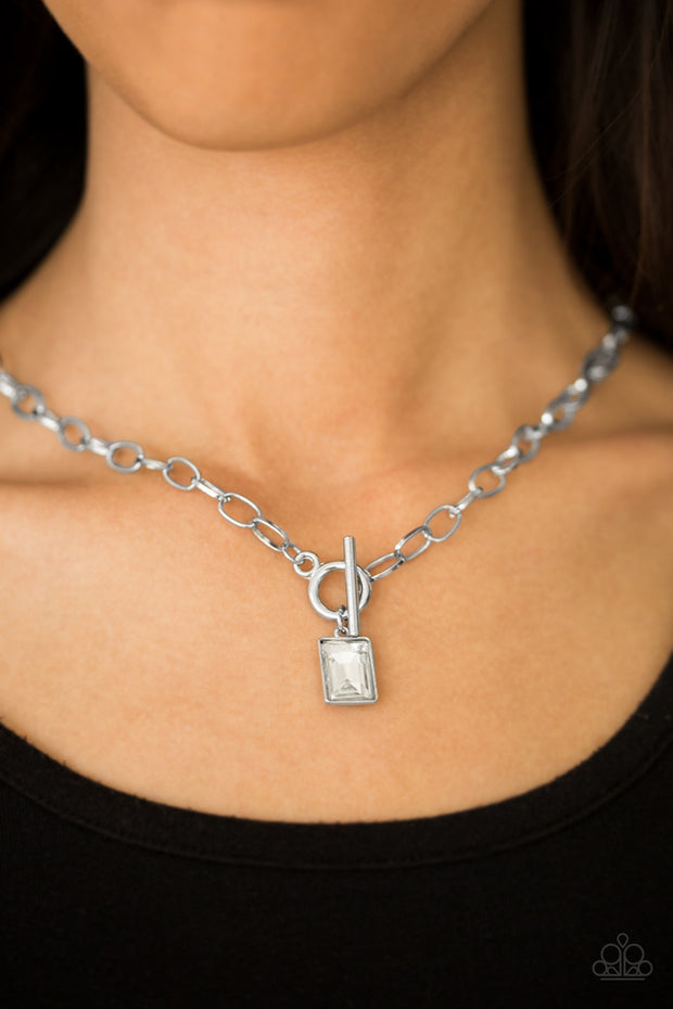 Paparazzi Wear It Like You Mean It! White Necklace - Glitzygals5dollarbling Paparazzi Boutique