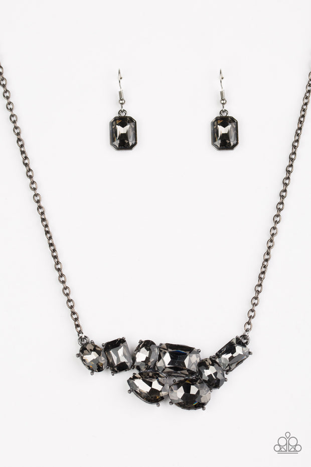 Paparazzi Urban Dynasty Black Necklace - Glitzygals5dollarbling Paparazzi Boutique