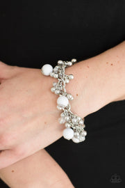 Pretty In Posh White Bracelet - Glitzygals5dollarbling Paparazzi Boutique
