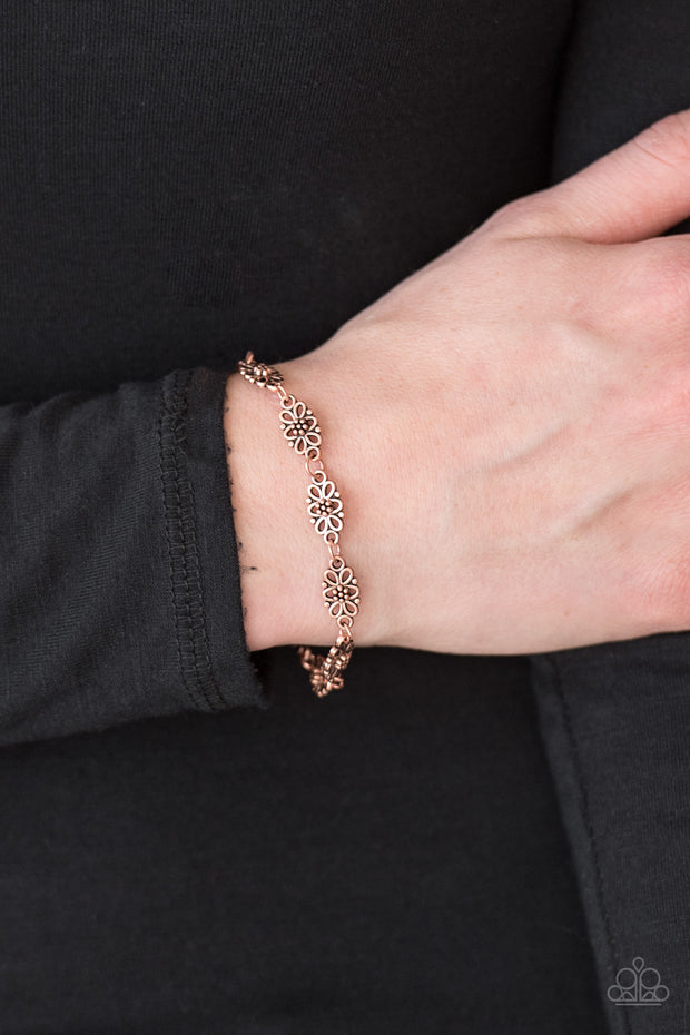 Easy Daisy Copper Bracelet - Glitzygals5dollarbling Paparazzi Boutique