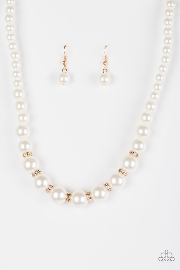 Paparazzi Showtime Shimmer White Necklace - Glitzygals5dollarbling Paparazzi Boutique