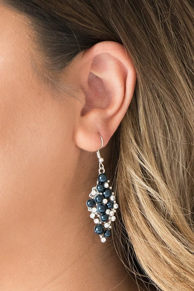 Paparazzi Famous Fashion Navy Blue Pearl and Rhinestone Earring - Glitzygals5dollarbling Paparazzi Boutique