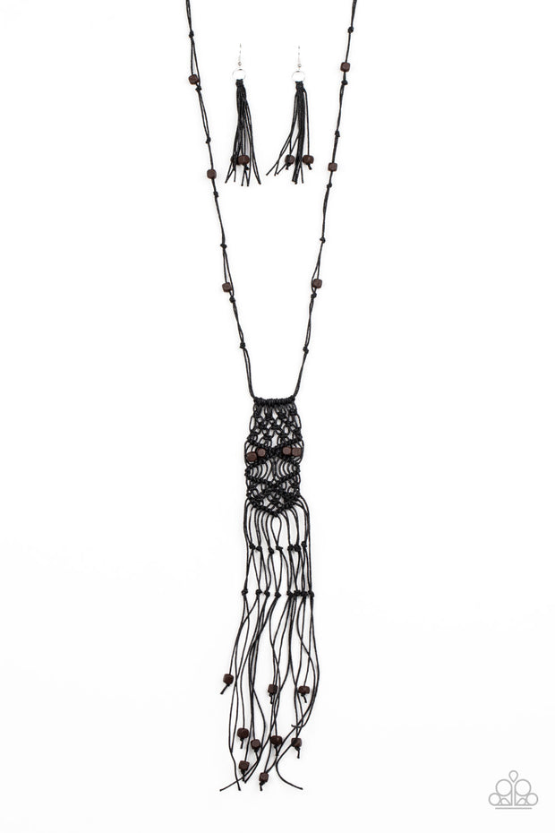 Macrame Majesty - Black