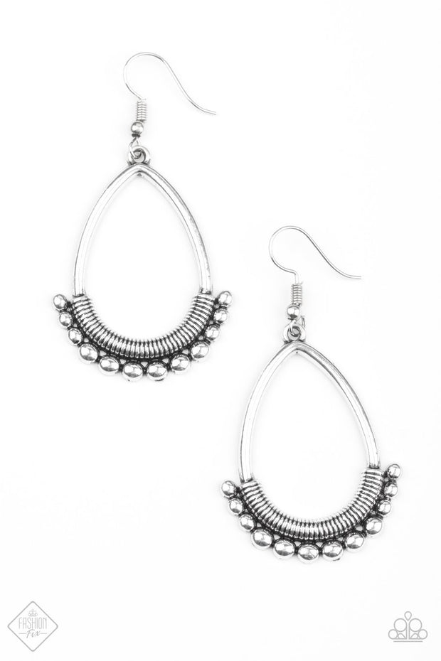"Paparazzi ""Steal the Thunder"" Silver Earrings Fashion Fix Exclusive - Glitzygals5dollarbling Paparazzi Boutique"