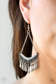 Paparazzi In Rogue Silver Fashion Fix Exclusive Earrings - Glitzygals5dollarbling Paparazzi Boutique