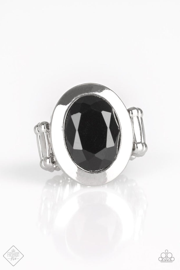 Paparazzi Deal or Noir Deal Black Ring