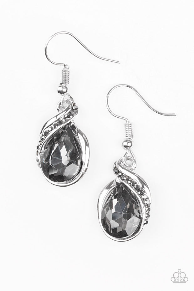 Paparazzi Marvelous Marvel Silver Earrings - Glitzygals5dollarbling Paparazzi Boutique