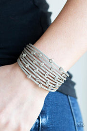 Paparazzi Meant To BEAM - Silver Bracelet - Glitzygals5dollarbling Paparazzi Boutique