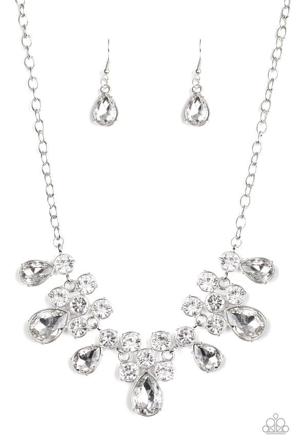 Paparazzi Accessories - Debutante Drama - White Necklace
