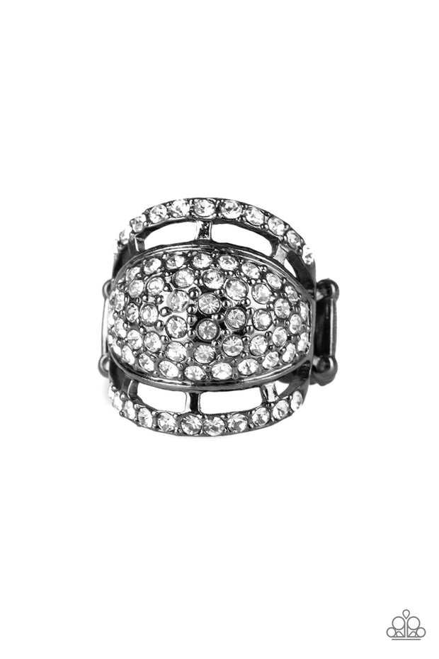 Paparazzi The Seven-FIGURE Itch - Black Gunmetal Ring