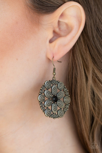 Paparazzi Groove Grove Black Brass Earrings - Glitzygals5dollarbling Paparazzi Boutique