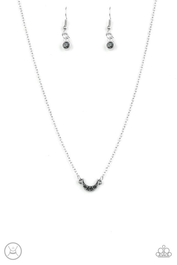 Paparazzi Promise The Moon Silver Choker Necklace