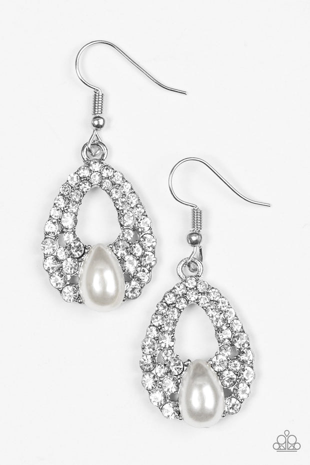 "Paparazzi ""Share The Wealth"" White Earrings - Glitzygals5dollarbling Paparazzi Boutique"