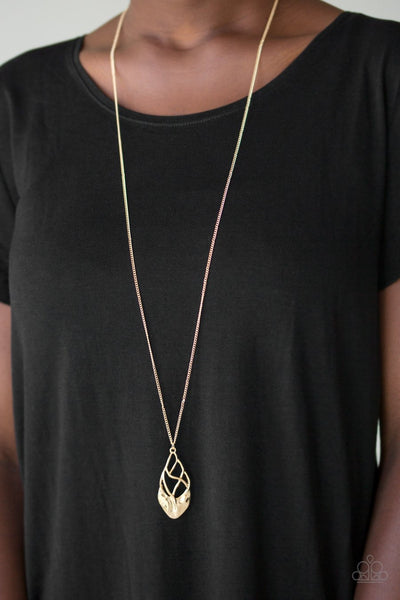 Paparazzi Swank Bank - Gold - Twisting Hammered Pendant - Necklace &