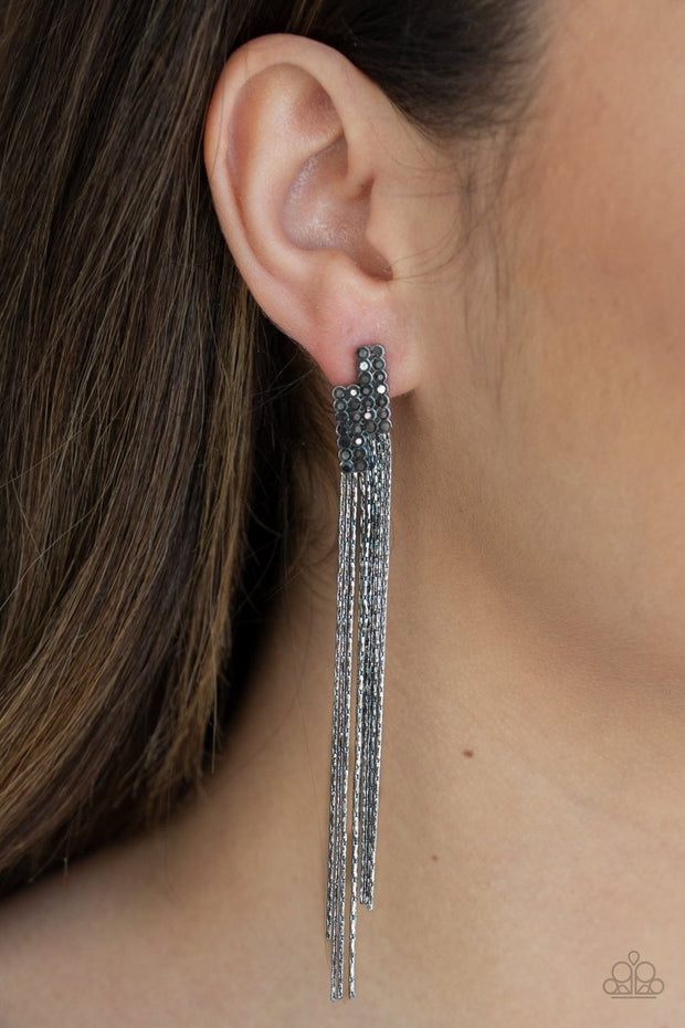 Radio Waves - black - Paparazzi earrings