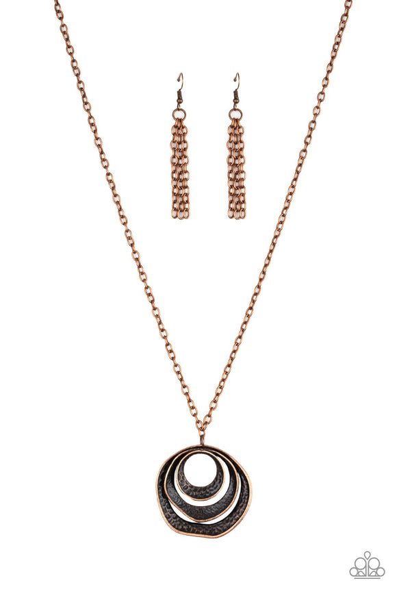 Paparazzi Breaking Pattern Copper Necklace