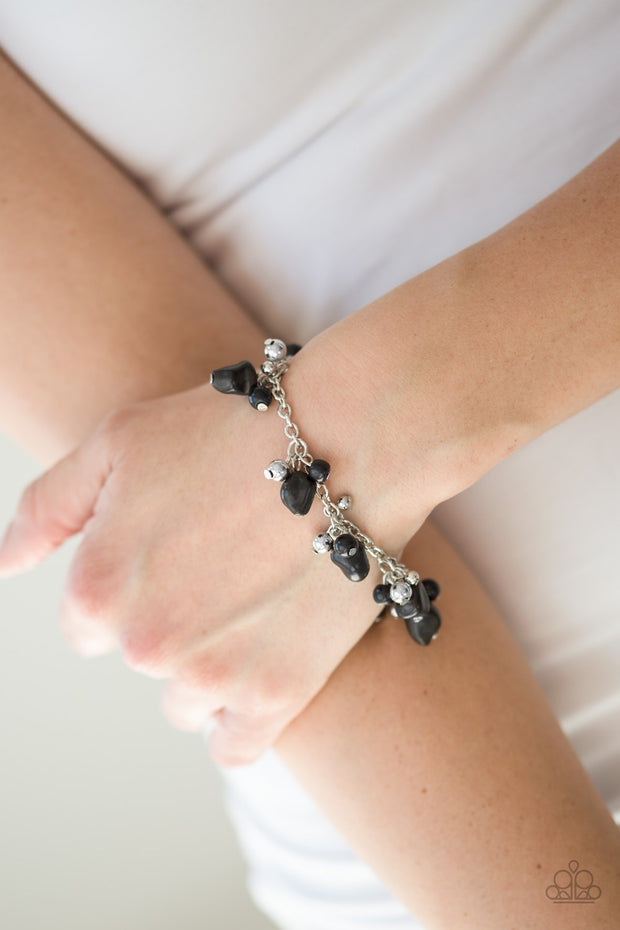 Mountain Mamba Black Bracelet - Glitzygals5dollarbling Paparazzi Boutique