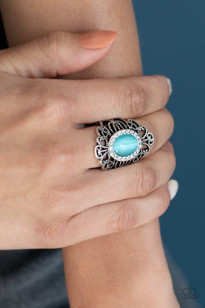 Dashingly Dewy - blue - Paparazzi ring - Glitzygals5dollarbling Paparazzi Boutique