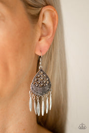 Paparazzi Wolf Den Silver Gray Earrings - Glitzygals5dollarbling Paparazzi Boutique