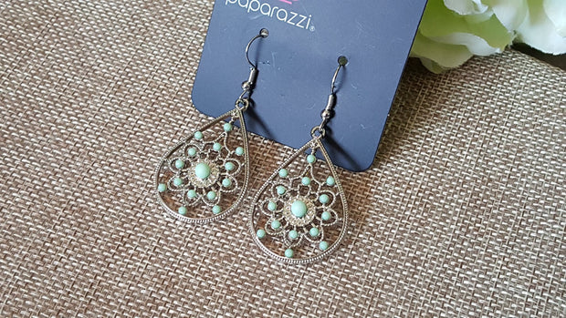 Paparazzi A Flair For Fabulous Green Silver Earrings - Glitzygals5dollarbling Paparazzi Boutique