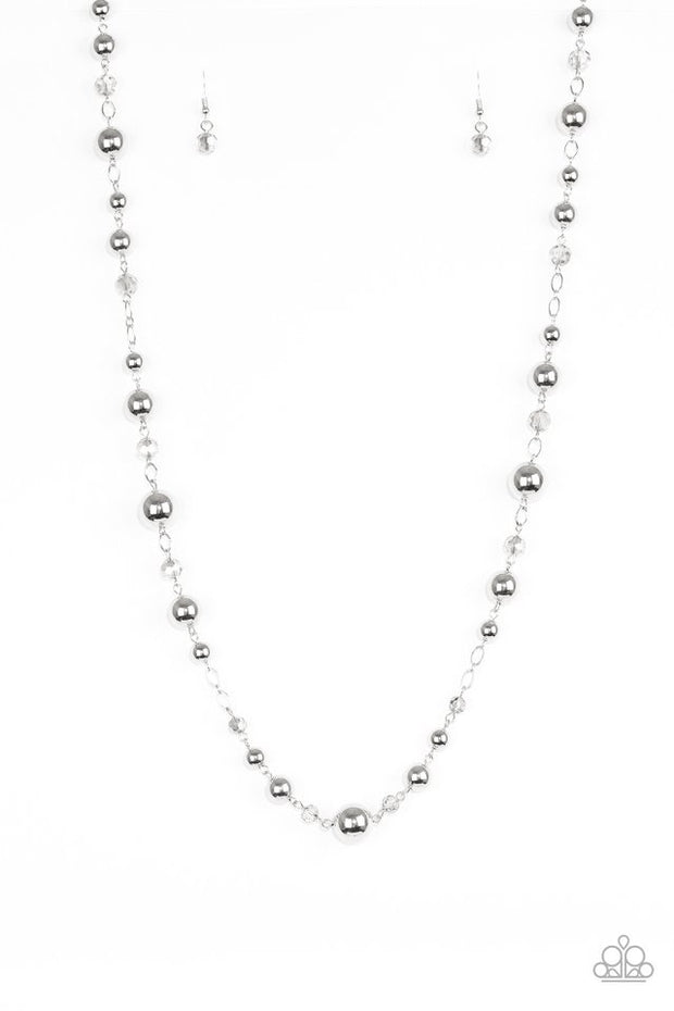 Paparazzi Modernly Majestic Silver Necklace - Glitzygals5dollarbling Paparazzi Boutique