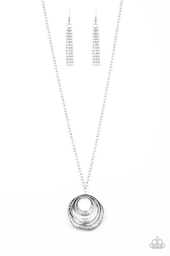 Paparazzi Breaking Pattern Silver Necklace