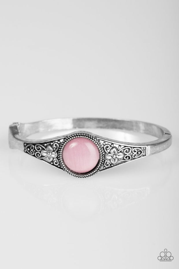 "Paparazzi ""Modernly Meadow"" Pink Bracelet - Glitzygals5dollarbling Paparazzi Boutique"