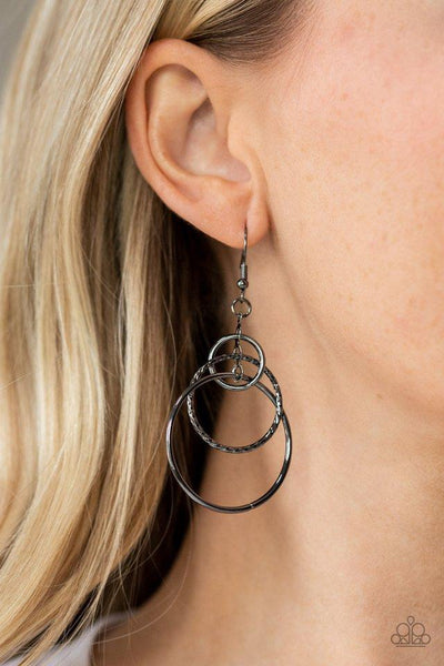 Paparazzi Earring ~ Three Ring Couture - Black