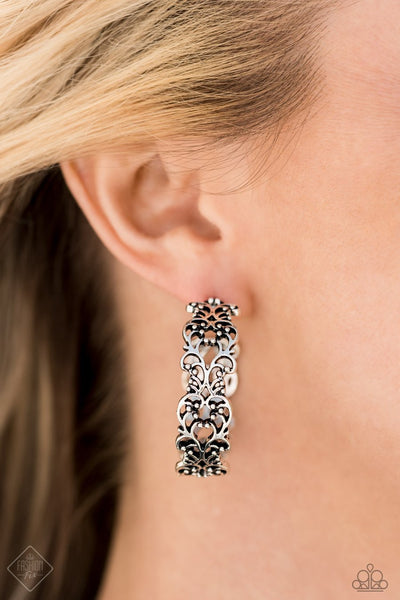 Paparazzi Earrings Fashion Fix Dec 2020 ~ Laurel Wreaths - Silver - Glitzygals5dollarbling Paparazzi Boutique