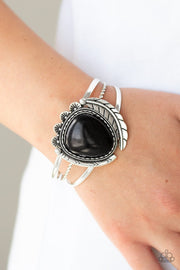 Paparazzi Nature's Bounty Black Cuff Bracelet - Glitzygals5dollarbling Paparazzi Boutique