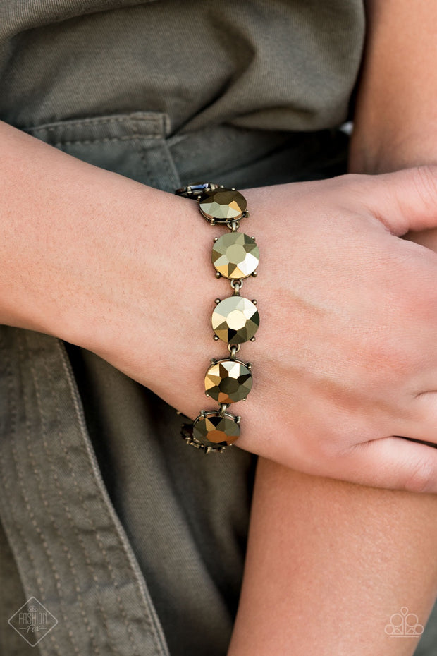 Paparazzi Fabulously Flashy - Brass Bracelet Fashion Fix Exclusive