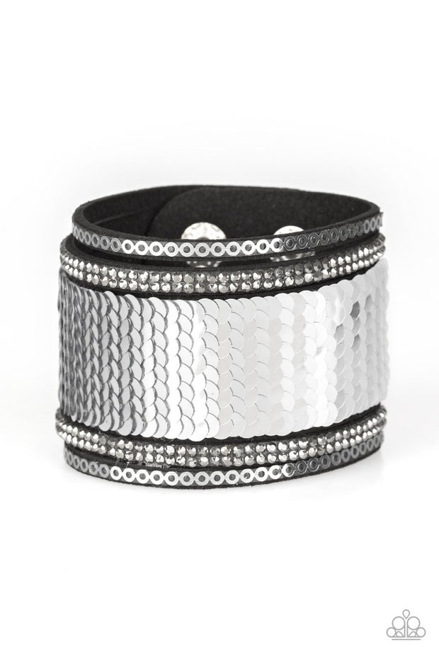 Heads or Mermaid Tails - silver - Paparazzi bracelet