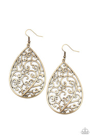 Grapevine Grandeur - Brass Paparazzi Earrings - Glitzygals5dollarbling Paparazzi Boutique