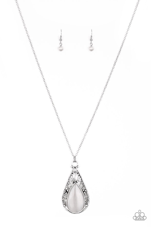 Paparazzi Enchanted Eden Silver Moonstone Necklace - Glitzygals5dollarbling Paparazzi Boutique