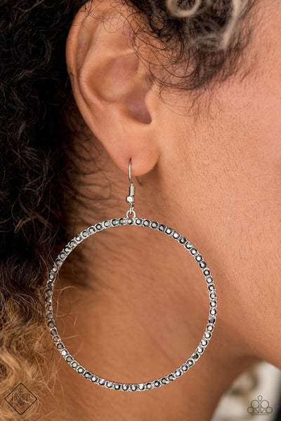 Paparazzi Wide Curves Ahead Silver Earrings Fashion Fix Exclusive - Glitzygals5dollarbling Paparazzi Boutique