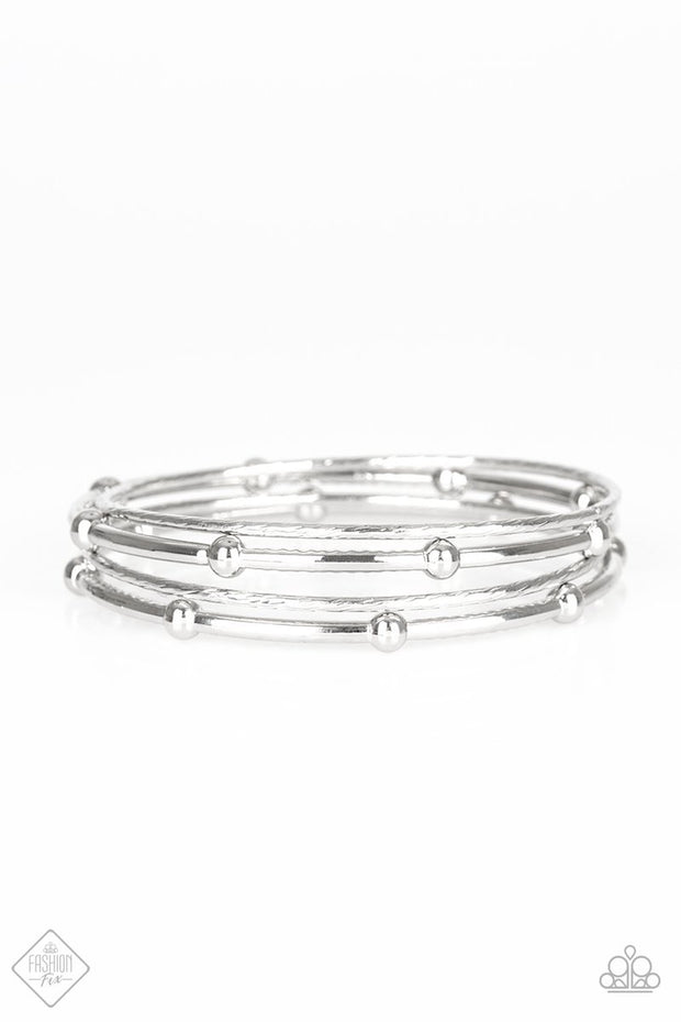 Beauty Basic - silver - Paparazzi bracelet Fashion Fix Exclusive