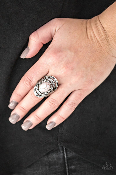 Paparazzi Royal Roamer Silver Ring - Glitzygals5dollarbling Paparazzi Boutique