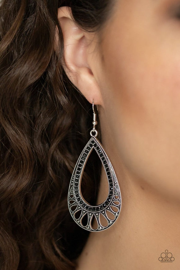 Paparazzi Royal Finesse Black Earrings