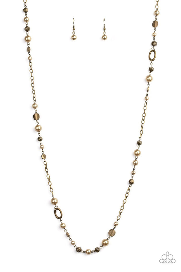 Make an Appearance - brass - Paparazzi necklace