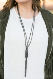 "Paparazzi ""Boom Boom Knock You Out!"" Black Necklace - Glitzygals5dollarbling Paparazzi Boutique"