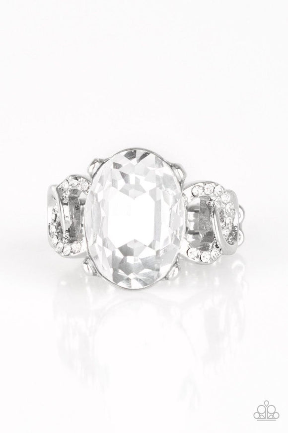 Paparazzi Million Dollar Diva White Rhinestone Ring