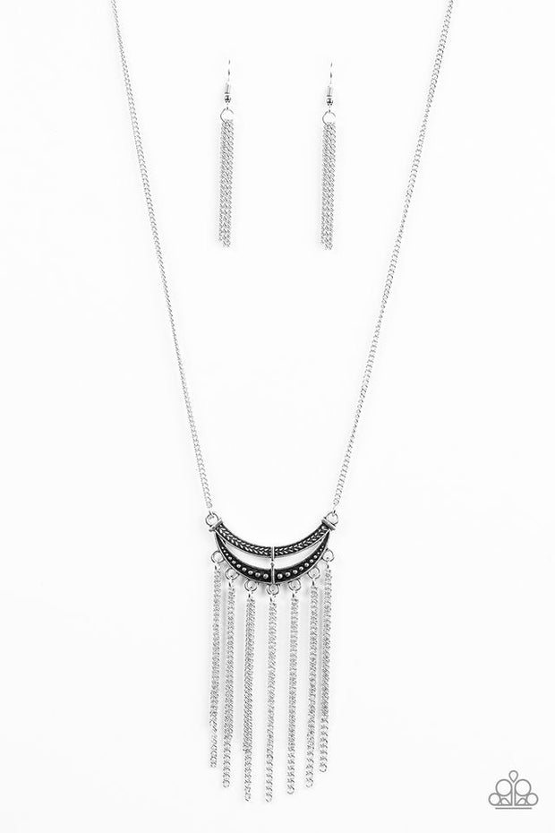 Paparazzi Mayan Moon Silver Necklace - Glitzygals5dollarbling Paparazzi Boutique
