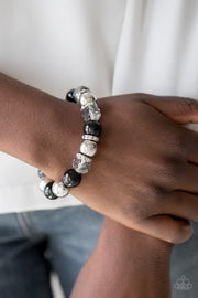 Camera Chic Black Paparazzi Bracelet - Glitzygals5dollarbling Paparazzi Boutique