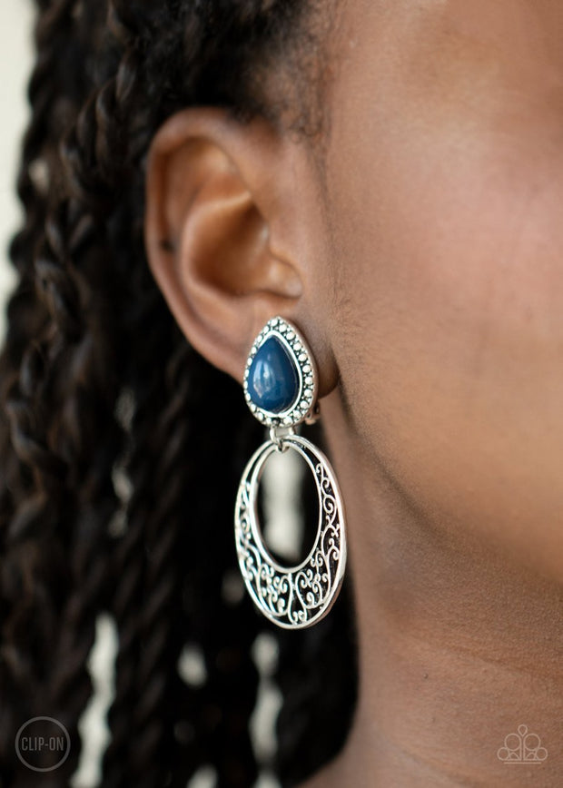 Exotic Escape - blue - Paparazzi CLIP ON earrings