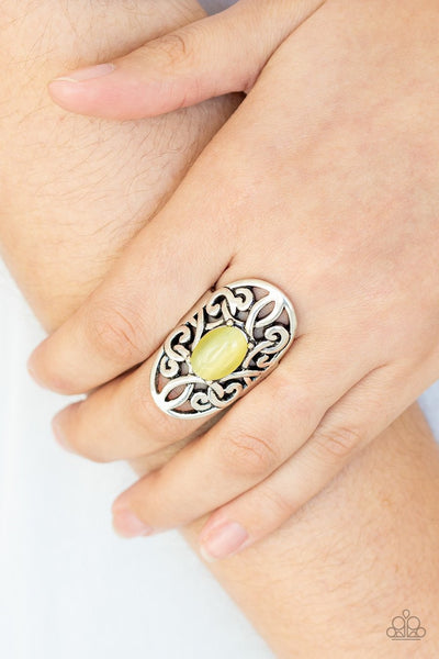 Paparazzi GLEAM Big - Yellow - Glowing Cat's Eye Moonstone - Silver Ring - Glitzygals5dollarbling Paparazzi Boutique