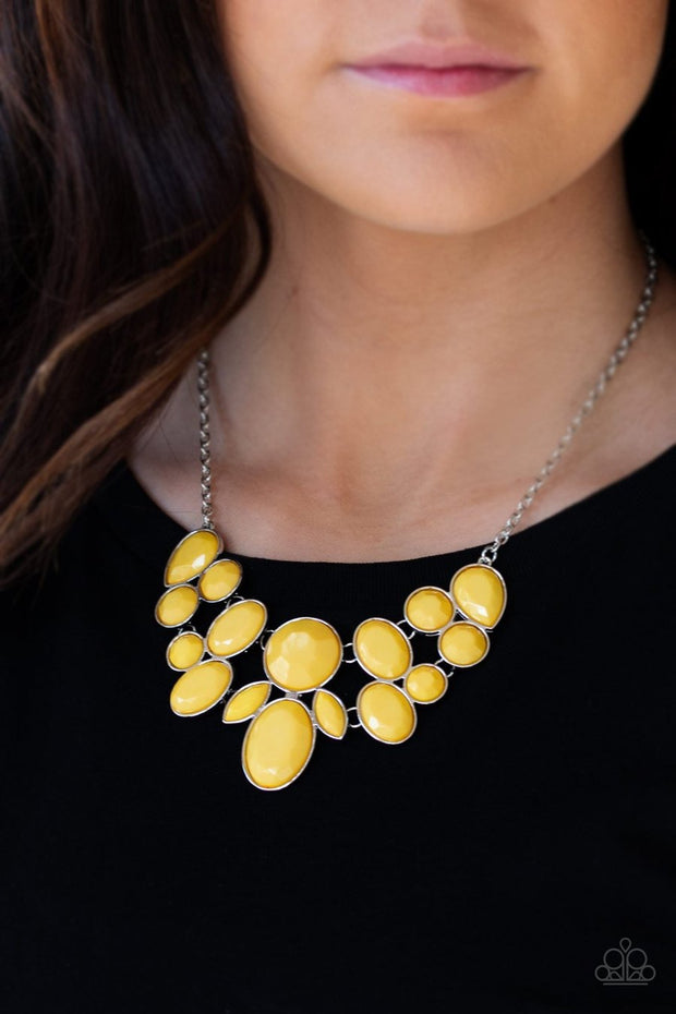 Paparazzi Demi-Diva Yellow Necklace - Glitzygals5dollarbling Paparazzi Boutique