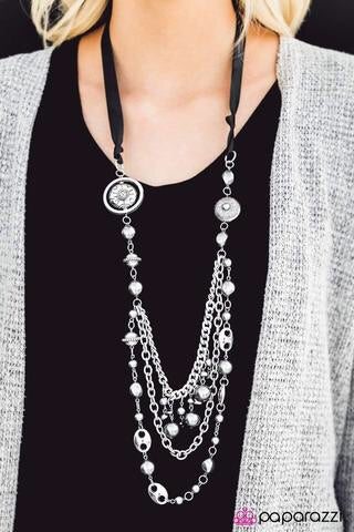 All the Trimmings Black Blockbuster Necklace - Glitzygals5dollarbling Paparazzi Boutique